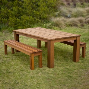 Outdoor Table Manufacturers from India